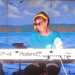 Sue Palmer & Her Motel Swing Orchestra, 8/26/2012 Photo by Edward A. Sanchez, BrassRingMultimedia.com