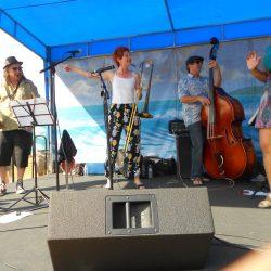 Sue Palmer & Her Motel Swing Orchestra 2014 - Photo by Edward A. Sanchez, MyWordPressGuy.com